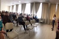 Представитель регионального отделения Молодая Гвардия провела презентацию проекта «Школа парламентаризма»
